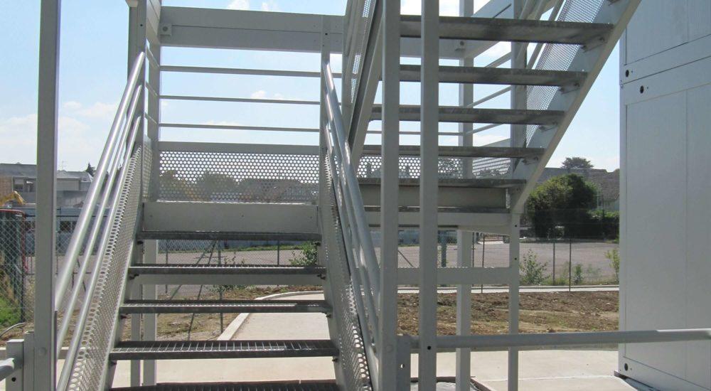 escalier metallique modulaire